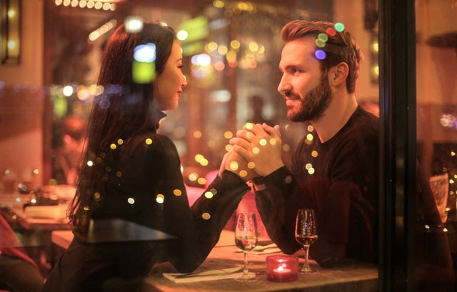 Selingkuh menjadi sebuah godaan bagi setiap orang yang menjalani kekerabatan Bukan Membela Diri, Nyatanya Ada Beragam Alasan Secara Psikologis yang Membuat Laki-laki Selingkuh