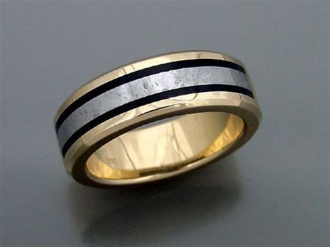 14k Gold Man?s Ring With Black Jade And Meteorite Inlay