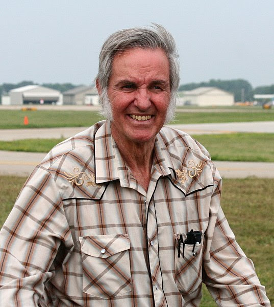 File:Burt Rutan - Cropped.JPG