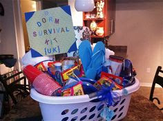 Best Inexpensive Gifts Ideas For College Student Going Away