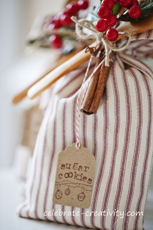 Handcrafted Sugar Cookie Gift Sack {full tutorial} from Celebrate Creativity