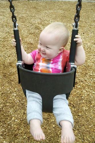 sweet smiley swinger