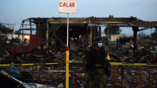 煙花市場發生爆炸的原因尚不清楚。