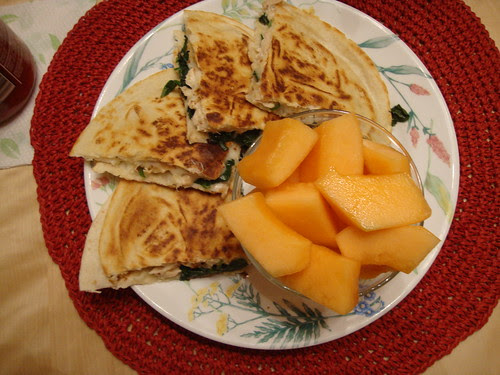 Chicken and Spinach quesadilla with canteloupe