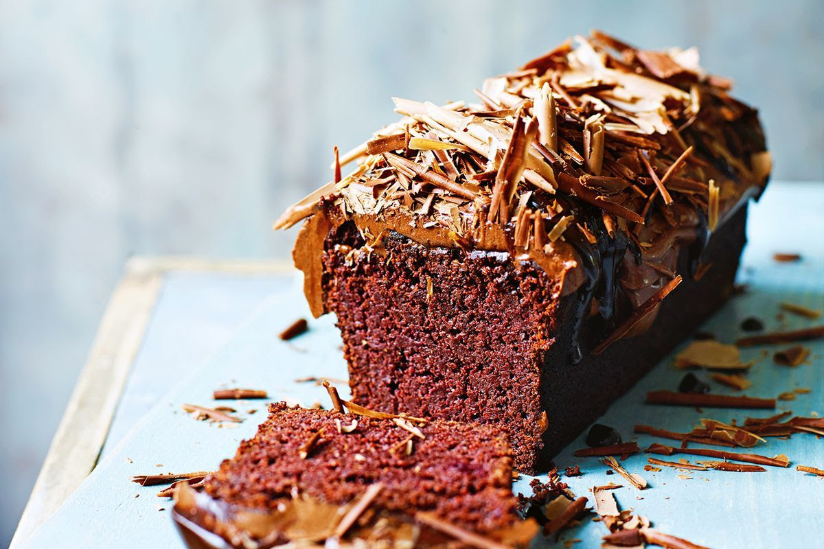Jamie Oliver's seriously healthy chocolate beetroot cake ...