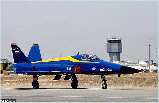 Aviones de combate Thunderbolt especificaciones técnicas hoja de datos Descripción inteligencia fotos de identificación información Fotos imágenes de vídeo de la aviación de defensa tecnología Saeqeh Azarakhsh-2 Saeqeh-80 HESA Irán Fuerza Aérea iraní industria militar