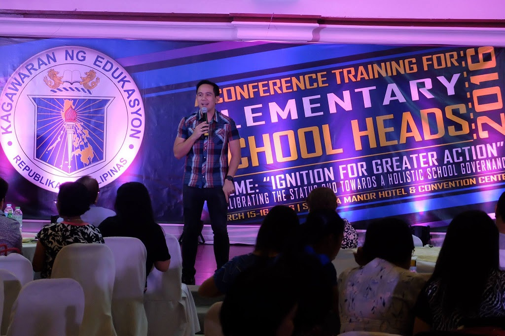 The VoiceMaster Teaches Elementary School Heads on Voice and Communication Management