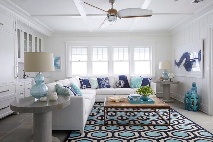pool-house-living-room