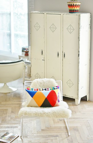 harlequin by wood & wool stool
