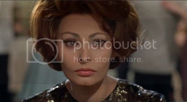 photo sophia_loren_comtesse_h_k-7.jpg