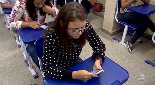 Apenas a tela do aplicativo pode ser aberta durante a avaliação | Foto: Reprodução/ TV Santa Cruz