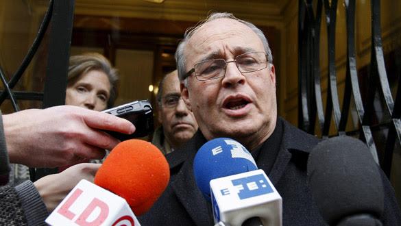 El arzobispo de La Habana, Jaime Ortega, atiende a los medios de comunicación