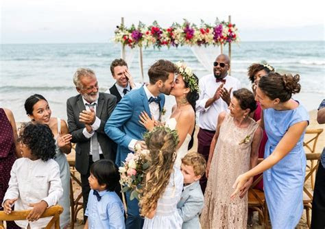 How To Have A Big Wedding On A Small Budget   Wedding Venture