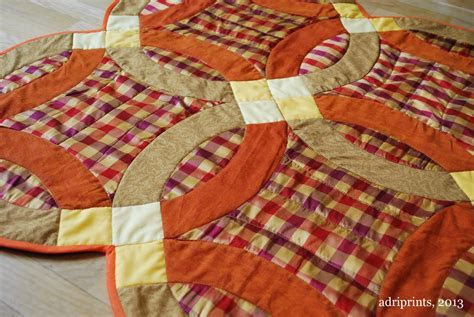 Adri Makes a Thing or Two: Double Wedding Ring Quilt