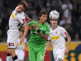 moenchen getty Hempaskan Wolfsburg, Gladbach ke Puncak