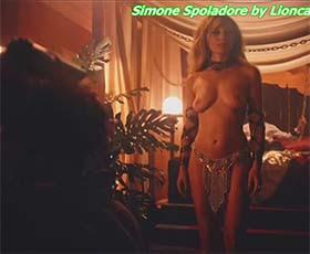 Simone Spoladore nua na 2ª epoca da serie Magnifica 70