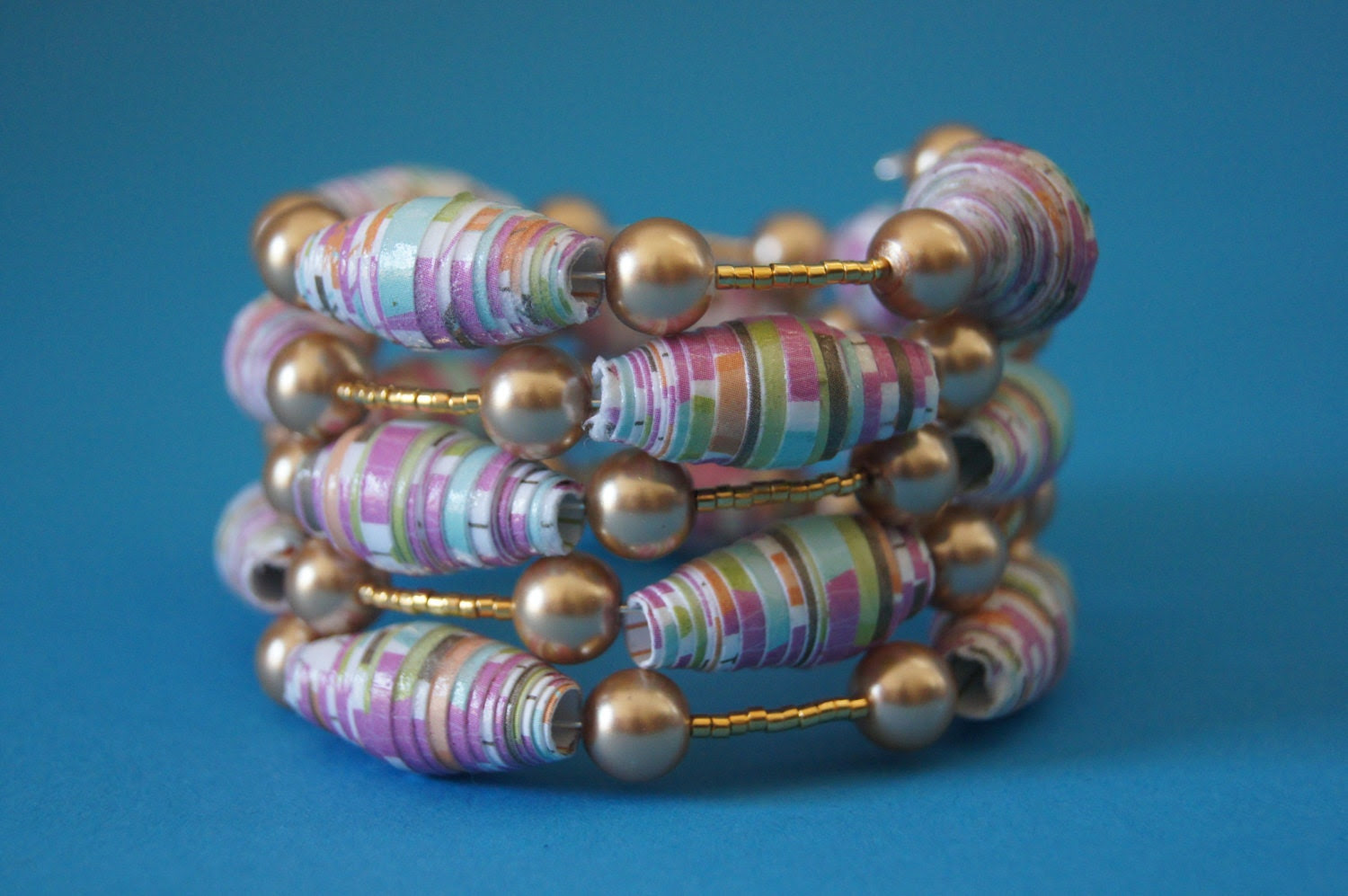 Lavender Rolled Paper Bead Memory Wire Bracelet - GayGuyBlingforWomen