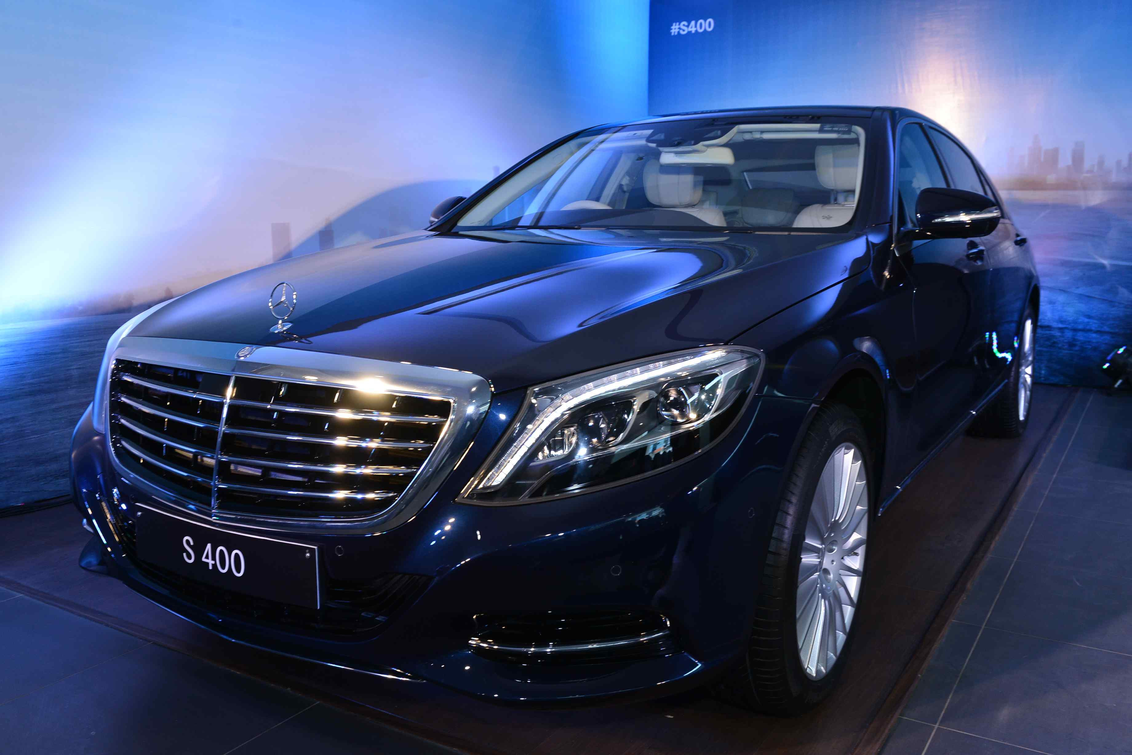 Mercedes Benz enhances its lineup with the luxurious S 400