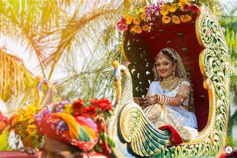 24 Breathtaking Palkis & Raths to make a Majestic Bridal