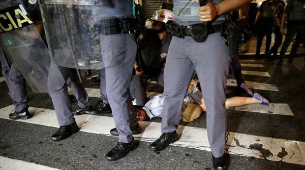 La Policía arrestó a distintos manifestantes (Reuters)
