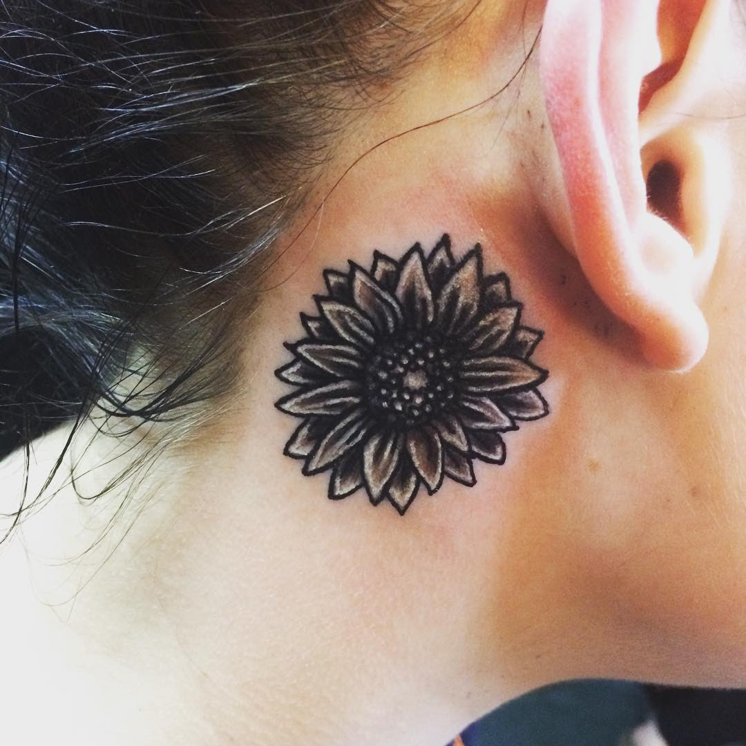 80 Best Behind the Ear Tattoo Designs & Meanings - Nice