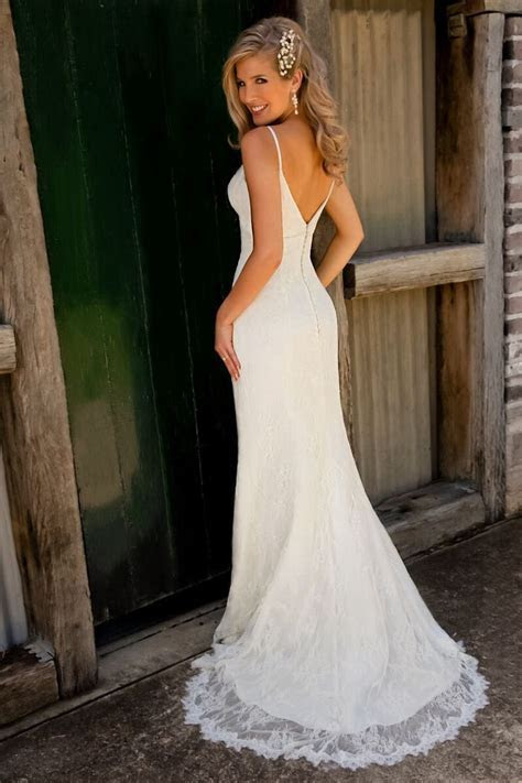 Perfect beach wedding dress   Mr. & Mrs. Miller :) in 2019