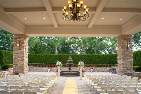 Beautiful Covered Outdoor Wedding Venues Log House Garden