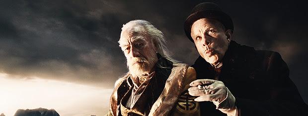 Christopher Plummer e Tom Waits, como Parnassus e o Diabo,  respectivamente.