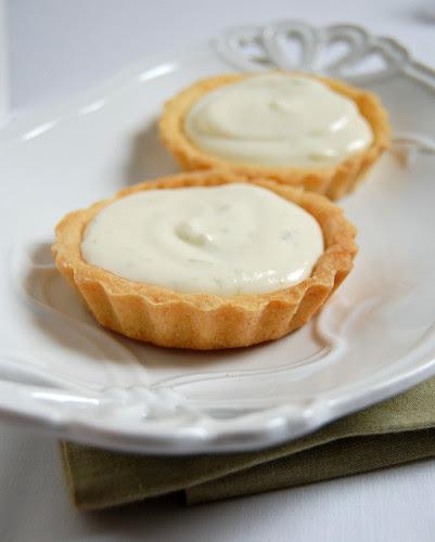 Lime tartlets / Tortinhas de limão