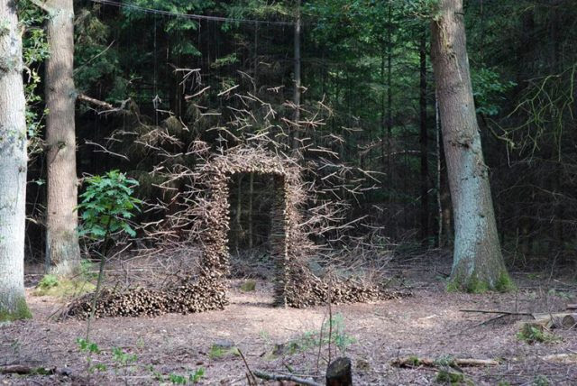 Gravity Defying Land Art by Cornelia Konrads sculpture land art installation