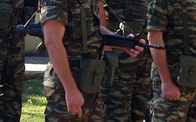 Πού αποδίδουν τα σωματεία των στρατιωτικών την αυτοκτονία του λοχία