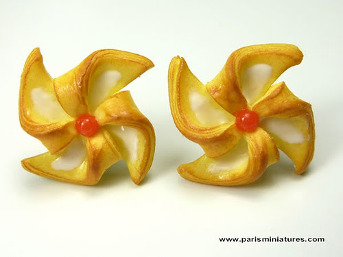 Pinwheel Pastry Earrings
