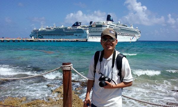 Posing with the Norwegian Jade and Norwegian Dawn behind me on March 21, 2018.