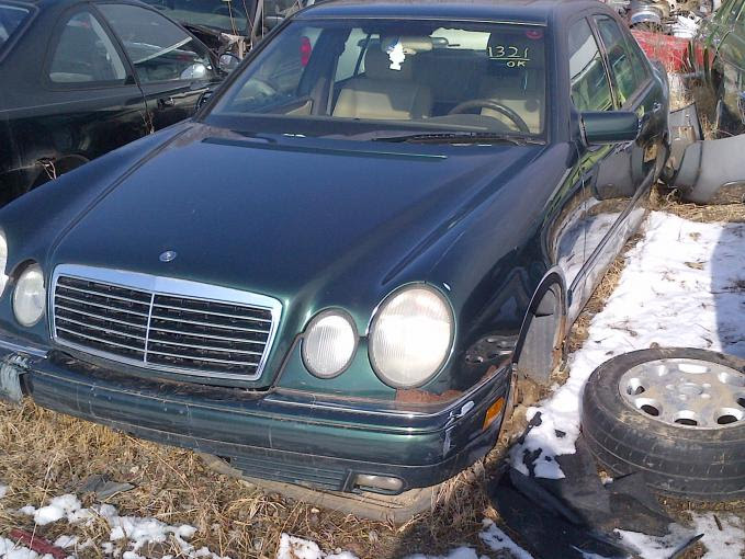 Illinois Salvage yard with Mercedes - PeachParts Mercedes ...