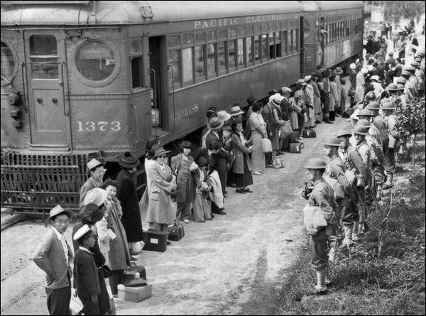 1942-california-arcadia-santa-anita-assembly-area-fft.jpg