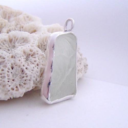 seaglass textured pendant