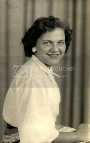 mum as 50s starlet