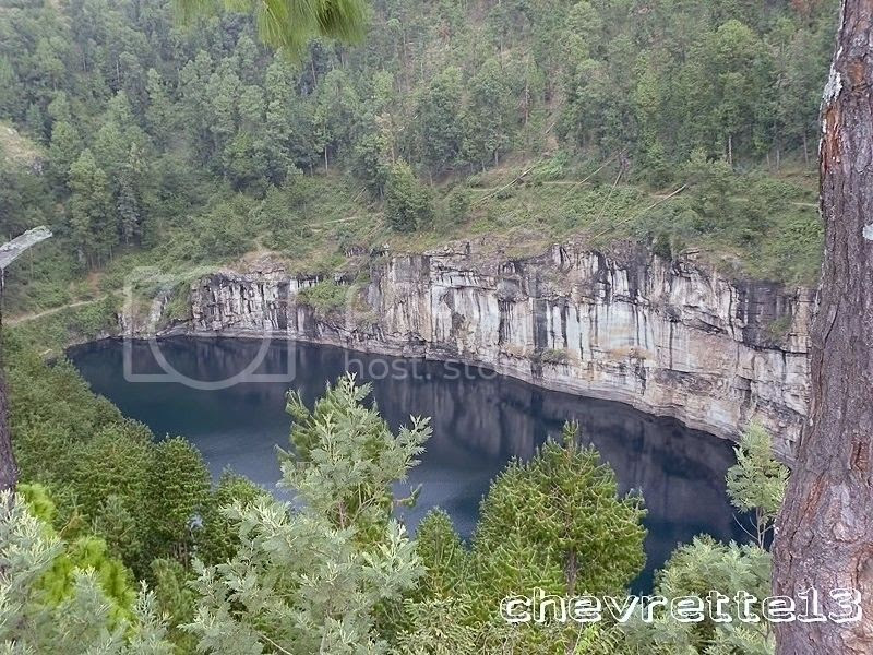 http://i1252.photobucket.com/albums/hh578/chevrette13/Madagascar/DSCN1749Copier_zps61a58866.jpg