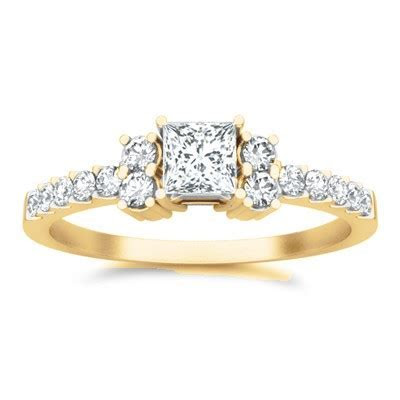 Cheap Diamond Engagement Ring On   JeenJewels