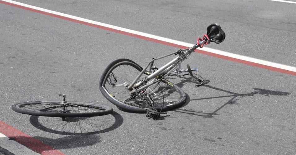 Resultado de imagem para acidente com ciclista