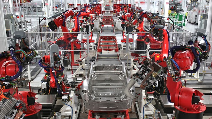 Elon musk discloses the first car to have its miraculous new batteries