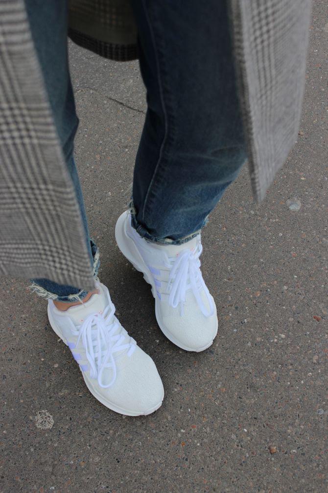 photo 3-Adidas eqt_salopette denim levis_zpslpyqockx.jpg