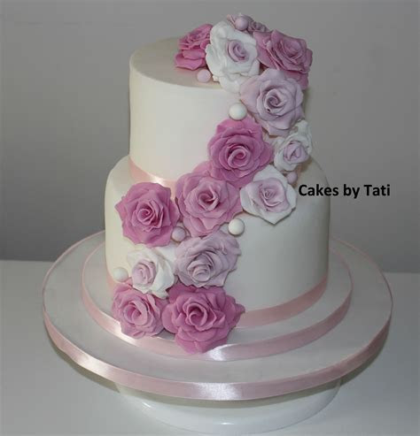 Bespoke Wedding Cakes in Sydney   Cakes in the Hills District