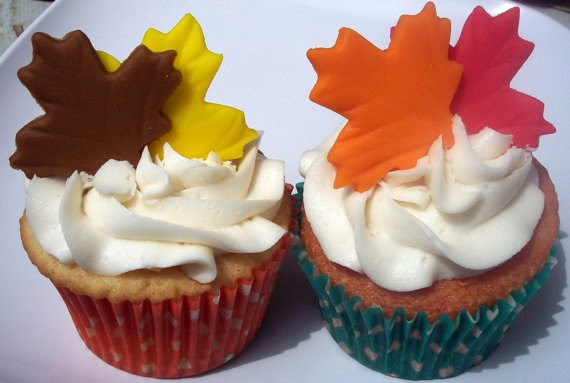 5 kinds of edible leaf cupcake toppers for fall
