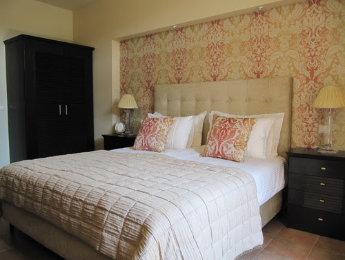 Golf House contemporary bedroom