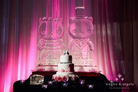 GET. OUT. Hello Kitty & My Daniel ice sculptures at a