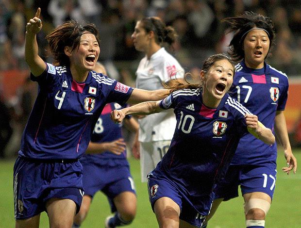 Homare Sawa gol Japão futebol feminino (Foto: Reuters)