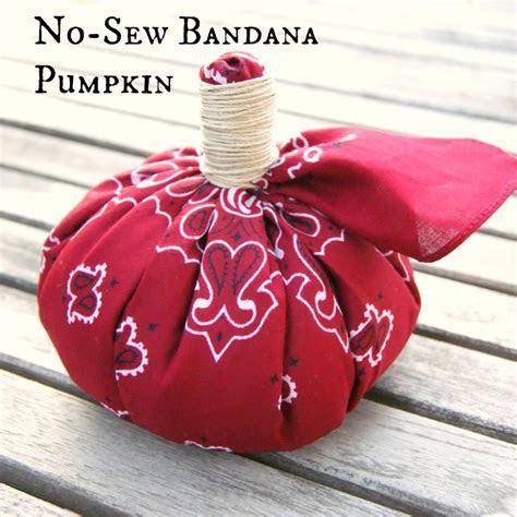 Pumpkin DIY: No Sew Bandana Pumpkin   Crafts Unleashed