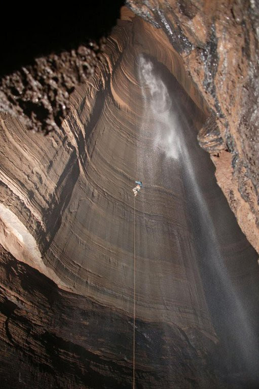 The deepest cave in the world voyages, facts
