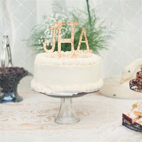 Monogrammed Wedding Cake Ideas You'll Want to Put Your